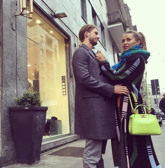 Виктория Боня и Алекс Смерфит в Милане фото ноябрь 2015