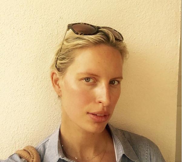 Модель Каролина Куркова фото без макияжа 2015