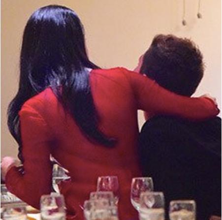 Селена Гомес обнимается предположительно со своим новым избранником Самюэлем Кростом, фото 2015