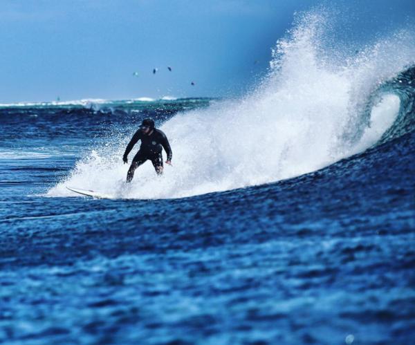 Рэпер Тимати фото во время серфинга на Карибах 2015