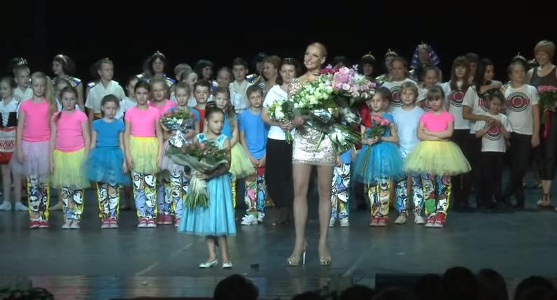 Анастасия Волочкова: видео фрагмента концерта для детей