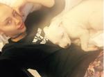 Фото Майли Сайрус с любимой собакой