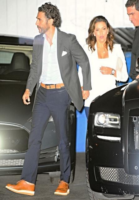 На фото Ева Лонгория и Хосе Антонио Бастон