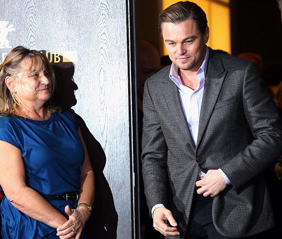 Леонардо Ди Каприо с мамой фото на берлинском кинофестивале