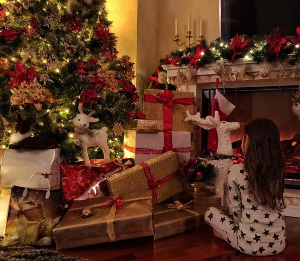 Оксана Самойлова : новогоднее фото из Инстаграма