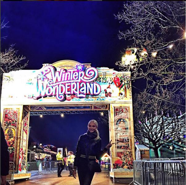 Алена Шишкова в парке аттракционов в Лондоне фото 2016, Инстаграм