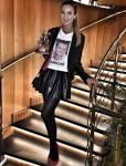 "Ольга Бузова со статуэткой ""Пара года"" фото из Инстаграма"