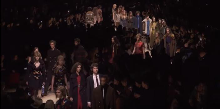 Показы мод в Лондоне осень-зима 2016/2017: Burberry,  Alexander McQueen, видео