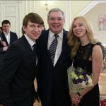 Татьяна Тотьмянина и Алексей Ягудин фото с губернатором Красноярского края Виктором Толоконским