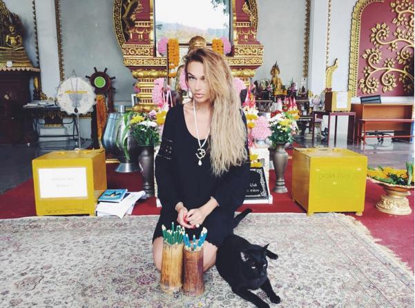 Алена Водонаева в Таиланде в феврале 2016 года