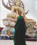 Фото Водонаевой на фоне статуи Будды февраль 2016
