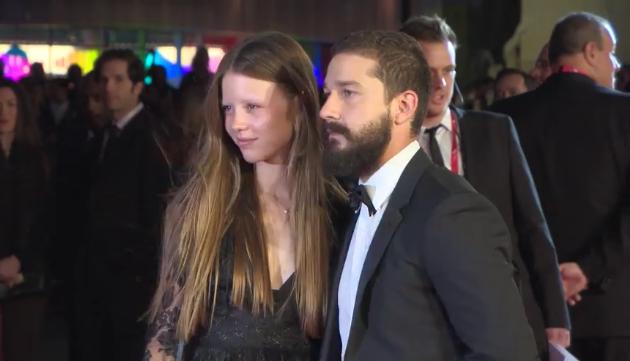 Шайа Лабаф и Миа Гот помолвлены