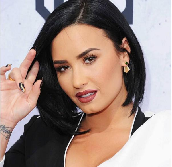 Demi-Lovato-2016-2