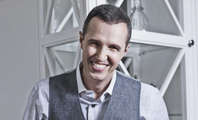 Биография телеведущего, актера и шоумена Игоря Верника