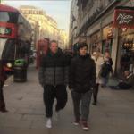 Фото Игоря Верника с сыном Григорием в Лондоне