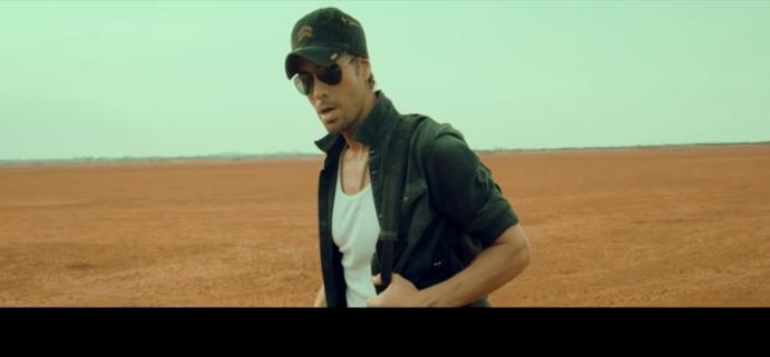 Энрике Иглесиас представил клип на песню DUELE EL CORAZON, видео