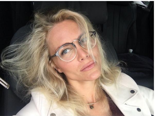 Катя Гордон собирается делать операцию на глазах