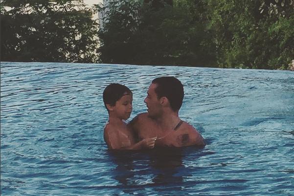 Рэпер Гуф (Алексей Долматов) фото с сыном Сэмом на Бали июнь 2016