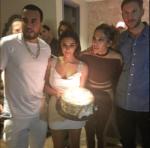 На фото Кельвин Харрис вместе с Ким Кардашьян на дне рождения Дженнифер Лопес 24 июля 2016
