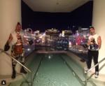 Джо Джонас фото с коллегой по группе DNCE июль 2016