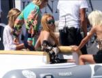 Линдси Лохан с подружками на яхте в Италии фото 2016