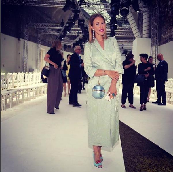Фото Ксении Собчак на Парижской неделе высокой моды в июле 2016 (Инстаграм)