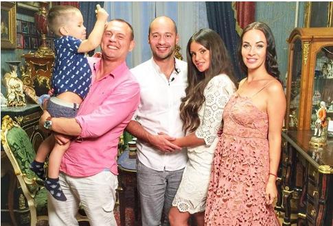 Жена Степана Меньщикова Евгения Шамаева беременна вторым ребёнком