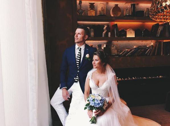 Свадебное фото Юлии Топольницкой и Игоря Чехова (Инстаграм Виктории Киселевой @vikiseleva)