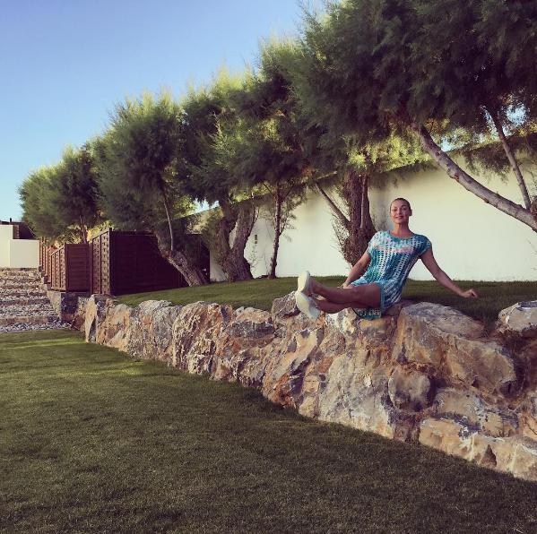 Анастасия Волочкова на острове Крит в июле 2016, фото из Инстаграма