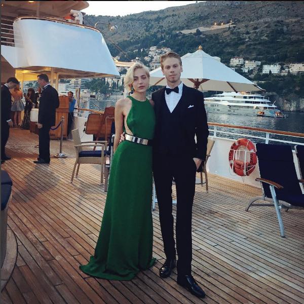 Фото брата Алекса Смерфита Криса с подругой Анастасией Графф на круизном судне летом 2016