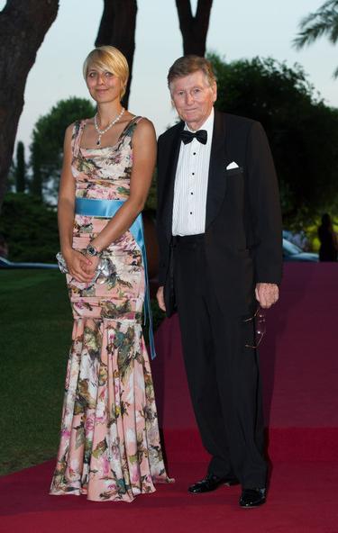 На фото отец Алекса Смерфита сэр Майкл Смерфит с подругой Яной Мельниковой