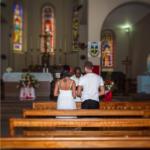 Катя Жужа и Олег Винник в церкви на Сейшельских островах, предположительно во время венчания. Фото из Инстаграма Жужи август 2016