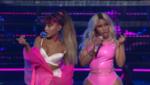 Фото Ники Минаж и Арианы Гранде, выступление на MTV VMA 2016