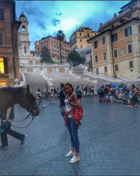 Фото Ольги Бузовой во время поездки в Италию в сентябре 2016