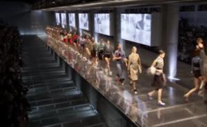 Фото показа Прада на Неделе моды в Милане в сентябре 2016
