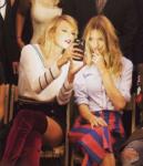 Тейлор Свифт (слева) на показе Tommy Hilfiger в сентябре 2016 фото из Инстаграма