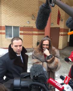 Сергей Жорин и Никита Джигурда, фото из Инстаграма Жорина. Вероятно, шуба, в которую одет Никита Джигурда, на самом деле принадлежит Анисиной