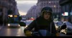 """Кристен Стюарт кадр из фильма """"персональный покупатель"""""""