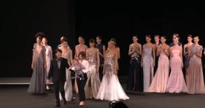 Фото показа коллекции Валентина Юдашкина на Неделе моды в Москве в октябре 2016
