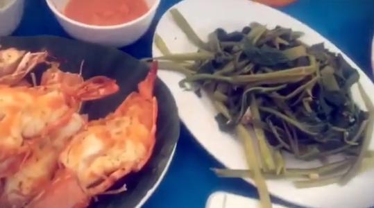 Нелли Ермолаева любит местную кухню и морепродукты, фото из Инстаграма