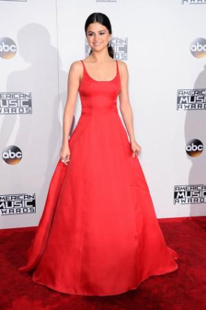 Фото Селены Гомес (Selena Gomez) на церемонии вручения American Music Awards 2016