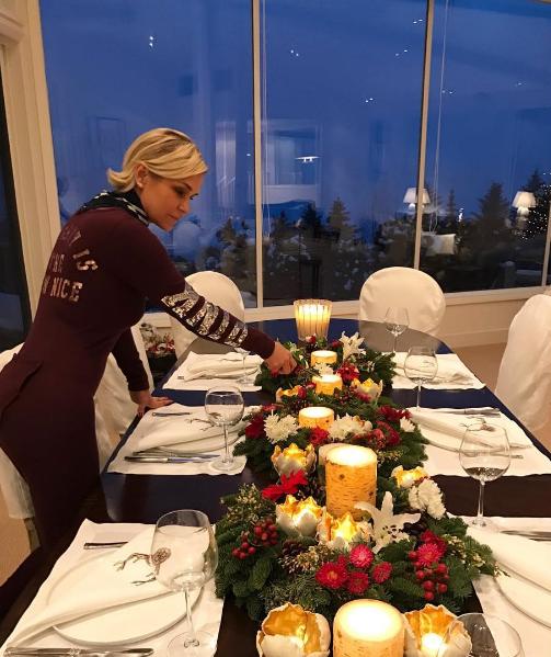 Йоланда Хадид фото рождественского семейного стола 2016/2017