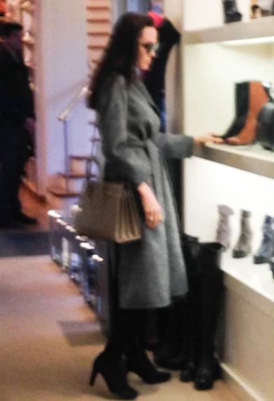 Анджелина Джоли фото январь 2017