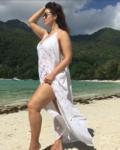 Фото модели плюс сайз на пляже в январе 2017 года, Сейшельские острова