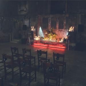 Фото часовни, где Холзи устроила выступление для поклонников