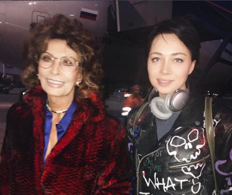 Настасья Самбурская опубликовала фото с Софи Лорен