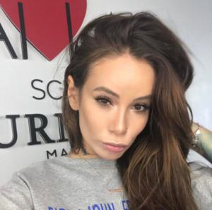 Айза Анохина (Долматова) фото из Инстаграма