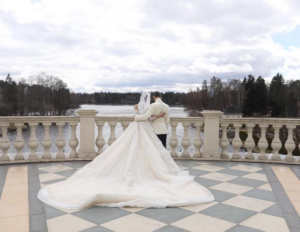 Свадебное фото Матвея Мельникова (рэпера Мота) и Марии Гураль, апрель 2017