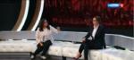 "Алена Водонаева (справа) и Диляра Ларина в студии передачи ""Прямой эфир"" в апреле 2017 года"