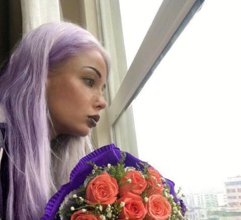 Валерия Лукьянова (живая Барби) открывает «магическую школу»